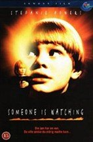 Alguien te vigila (2000)