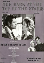 En la escalera oscura (1960)