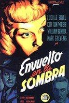 Envuelto en la sombra (1946)