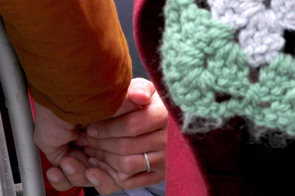 Hospitalarios: Las manos de la Virgen
