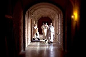 Se vende monasterio