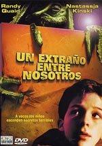 Un extraño entre nosotros (2001)