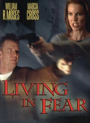 Vivir con miedo (2001)